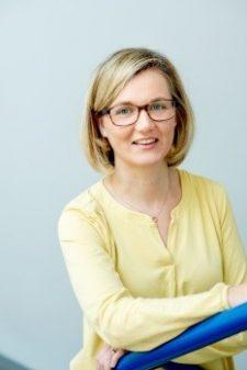 Prof. Dr. Daniela Holle (Vorsitzende)